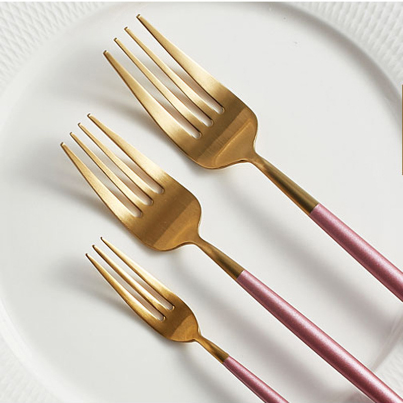 Pink Gold Dinnerware set (1)