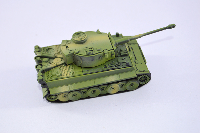 4D Plastic Assembled Tank Kits Eight Tanks 1:72 Scale Model Puzzle Assembling Military Toys For Children