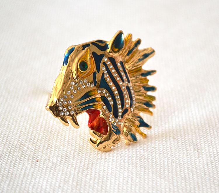 trasporto libero / lotto gioielli accessori moda in metallo smaltato tigre spille testa le donne