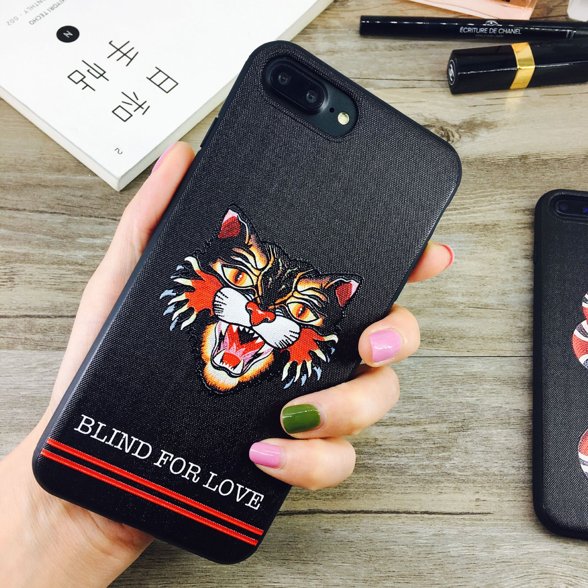 Estuche de teléfono de diseño para iPhone X 6 / 6S 6plus / 6S Plus 7/8 7plus / 8plus Funda de lujo con cubierta posterior Marca de teléfono Protección de la caja