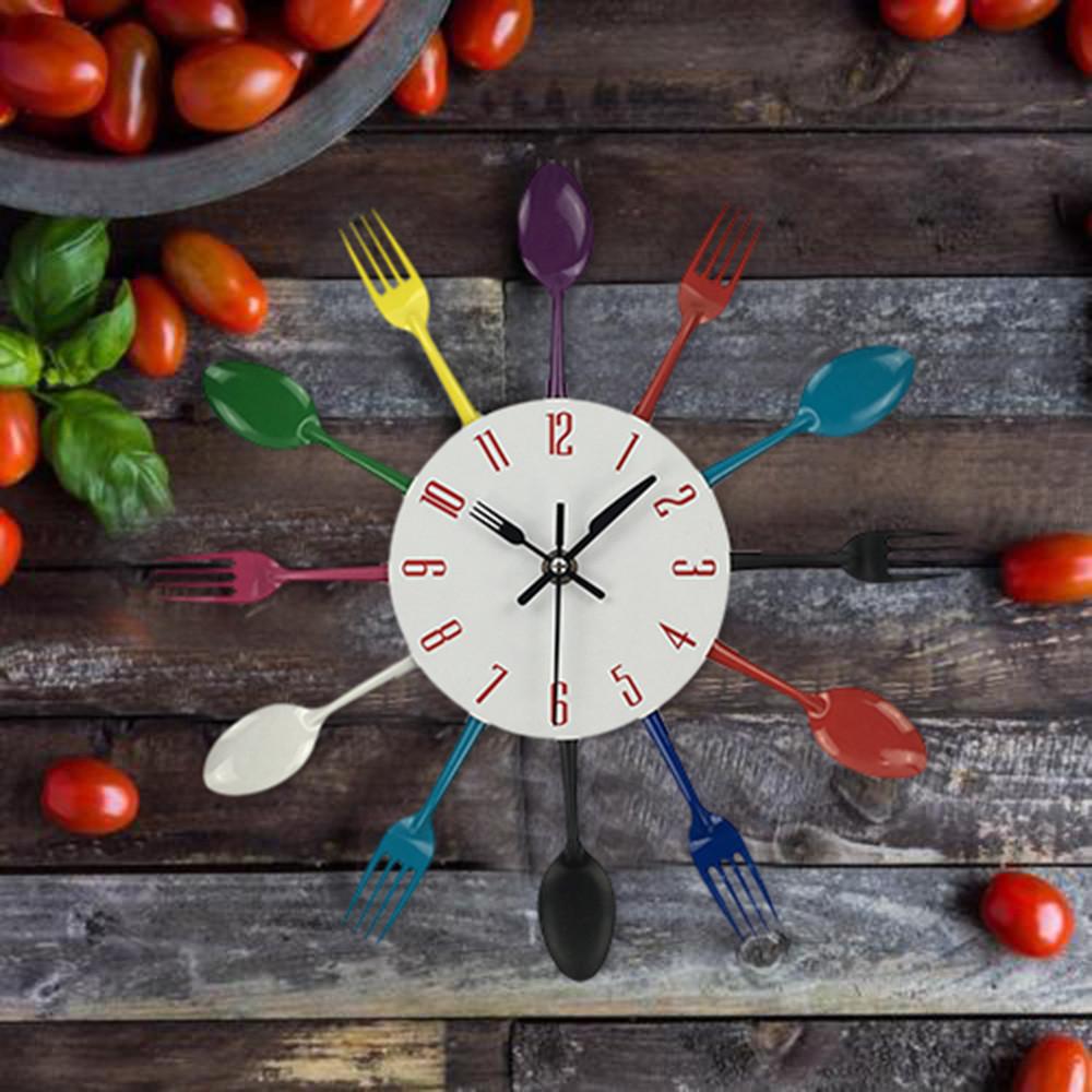 Creative Horloge Murale Multicolore Décoration De La Maison Couverts Ustensile De Cuisine Cuillère Fourchette Horloge Horloge Murale Accueil Cuisine Décor