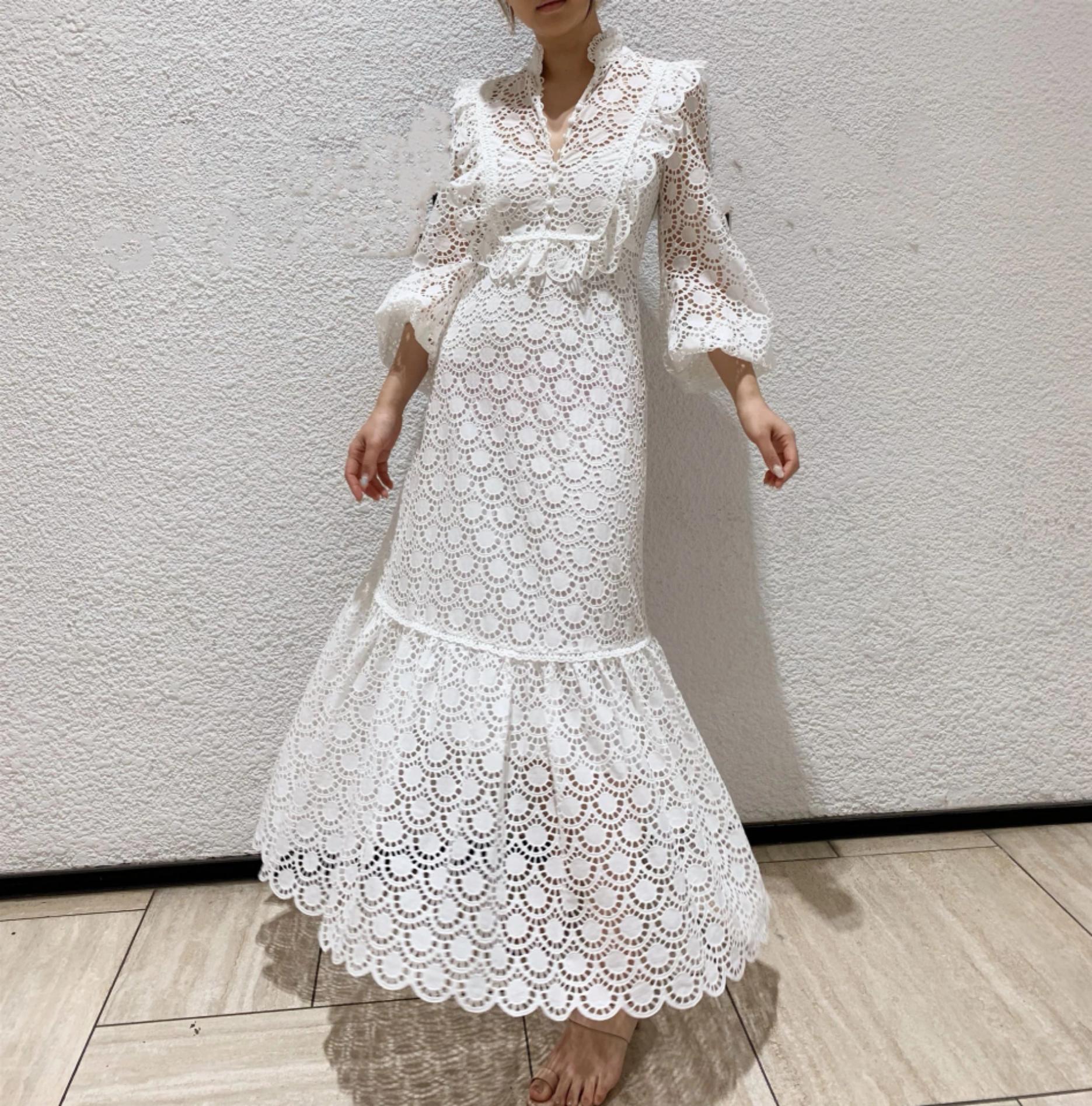 hochwertige neue weiße schwere branche stickerei nähen spitze stehkragen  hohe taille hohl langärmliges 2-teiliges kleid