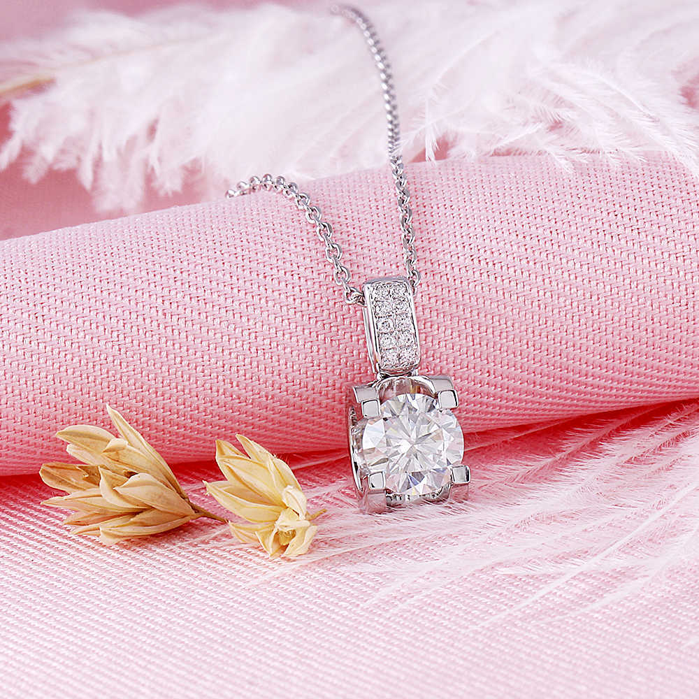 moissanite pendant necklace silver (2)
