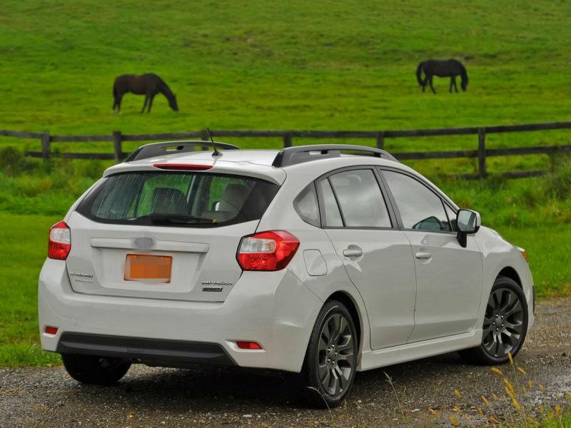 Subaru-Impreza_5-door-2012-1