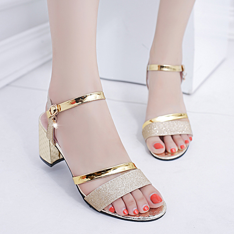 Pop2019 Foot Sandals Ring Bandage Coarse With Toe Rhinestone High-heeled Shoes Tide