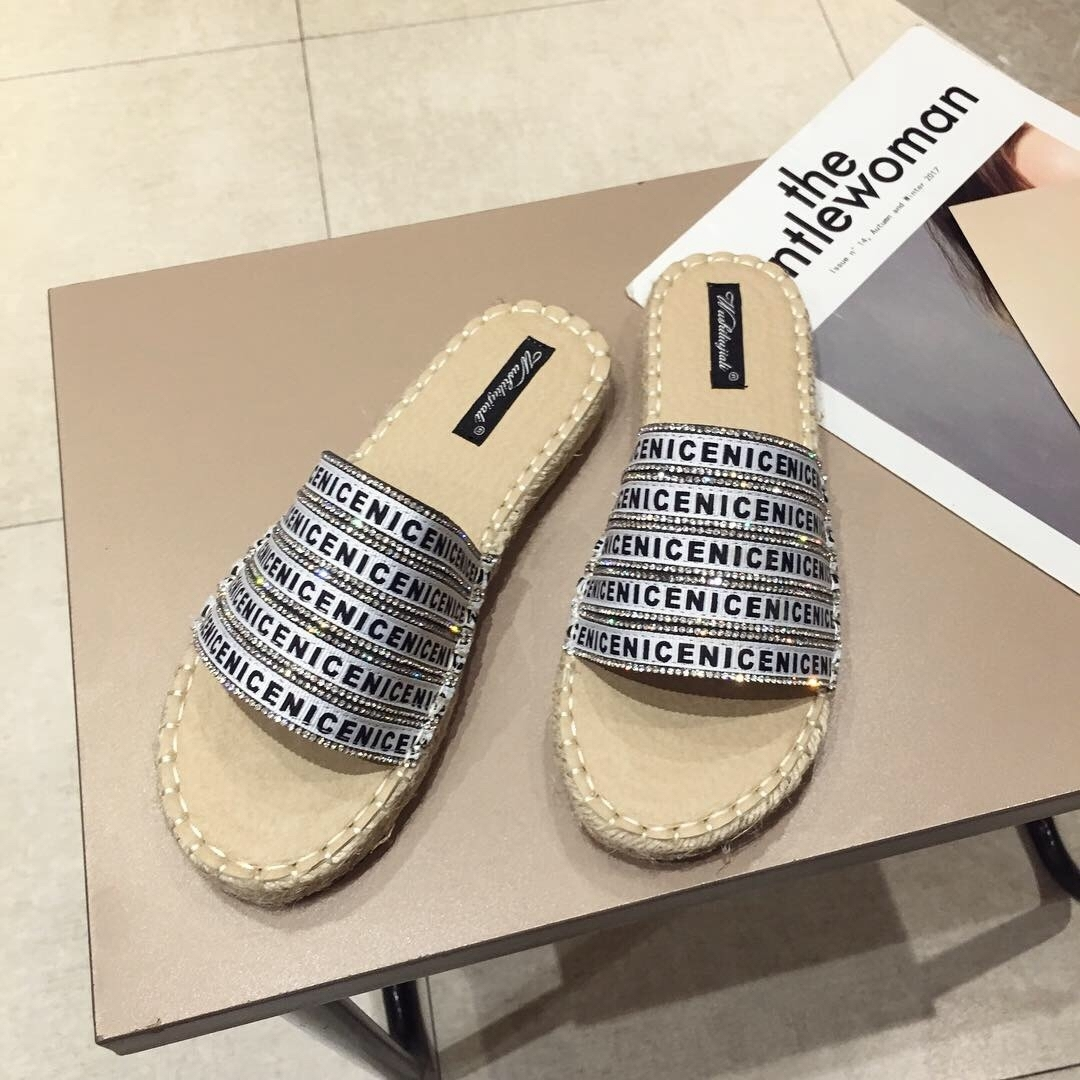 Crystal2019 Straw Time Leisure Plaited Article Sandals Woman Flat Bottom Rome All-match Shoes Fisherman Shoe
