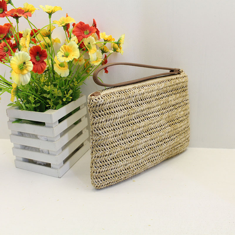 Women Clutch Bags Female INS Popular Summer Beach Straw Bag Lady Travel Mini Messenger Bags Casual Knitted Bolsa Tote SS3133 (1)
