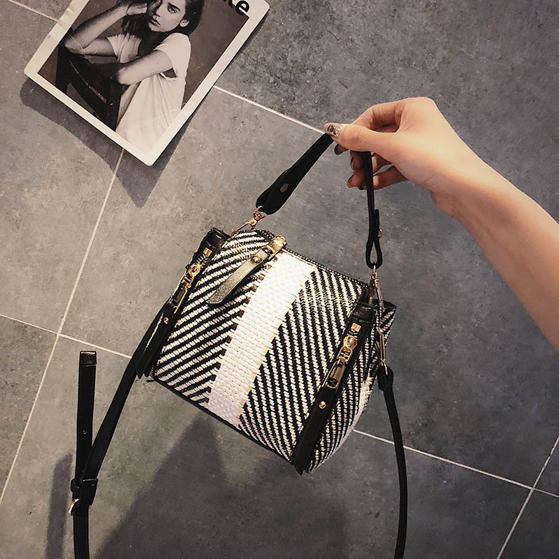 Hot Women Panelled Handbag INS Popular Female Casual Summer Straw Bags Lady Beach Shoulder Bag Fashion Travel Woven Tote SS7221 (7)