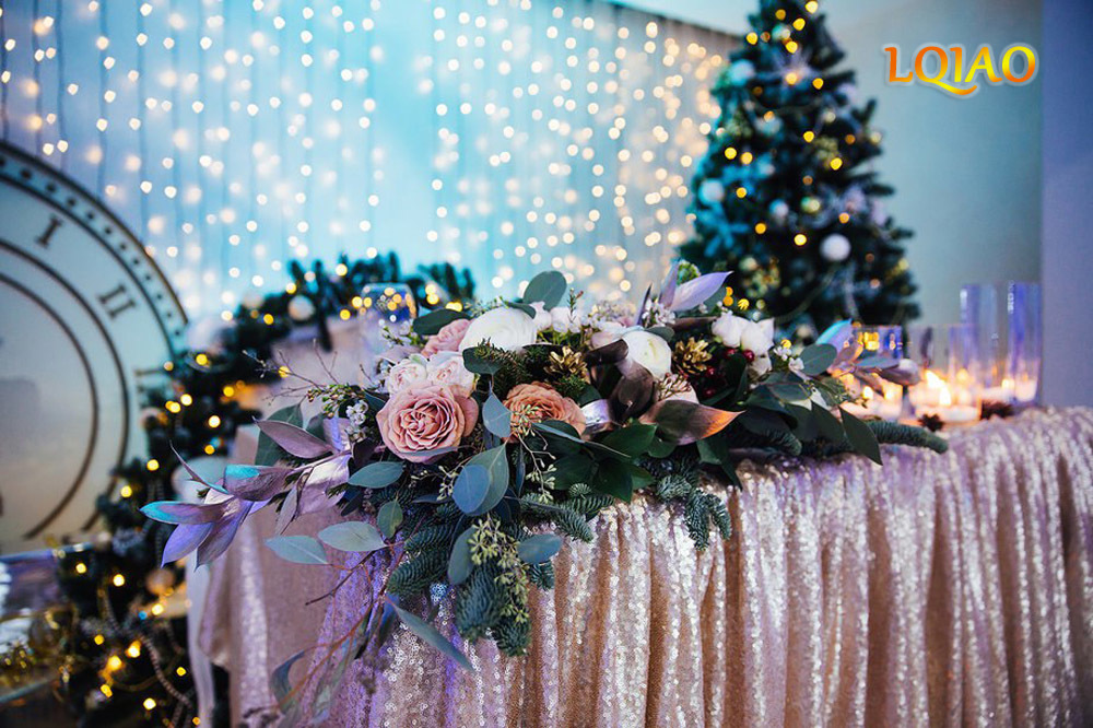 Champagne Sequin Tablecloth 02
