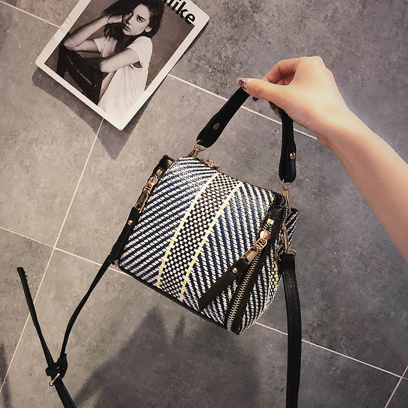 Hot Women Panelled Handbag INS Popular Female Casual Summer Straw Bags Lady Beach Shoulder Bag Fashion Travel Woven Tote SS7221 (4)