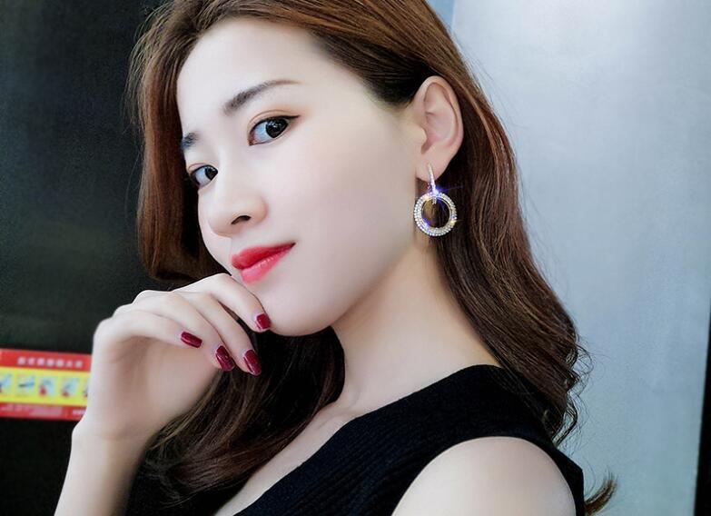 2019 cristal en forme de cercle de strass aiguille en argent 925 de Swarovski longues boucles d'oreilles tempérament personnalité coréenne boucles d'oreilles sauvages
