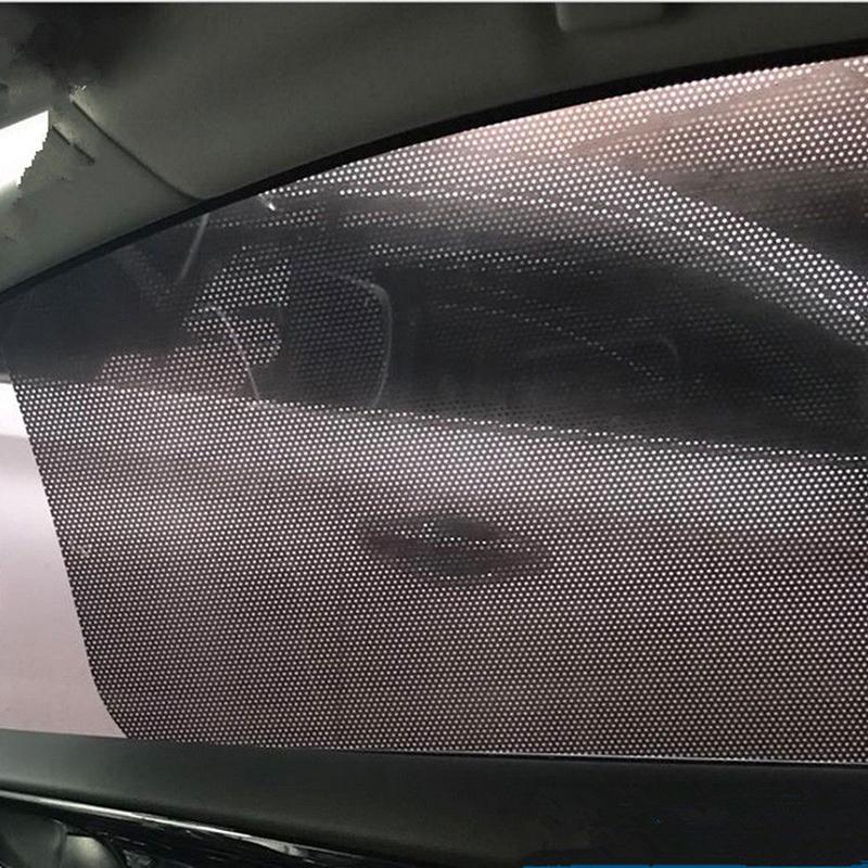 2 unids lado de la ventana del coche Net Sun Shade Shied Solar Etiqueta de película de malla Protector UV absorción electrostática 63 * 42 cm / 24.8 * 16.54 pulgadas