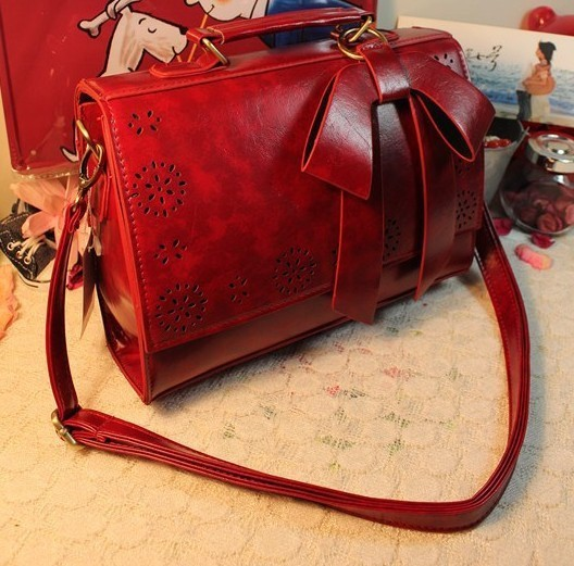 2019 Products Summer Korean Female Bag Retro Bag Bow Hollow Moist Bag Women Handbag