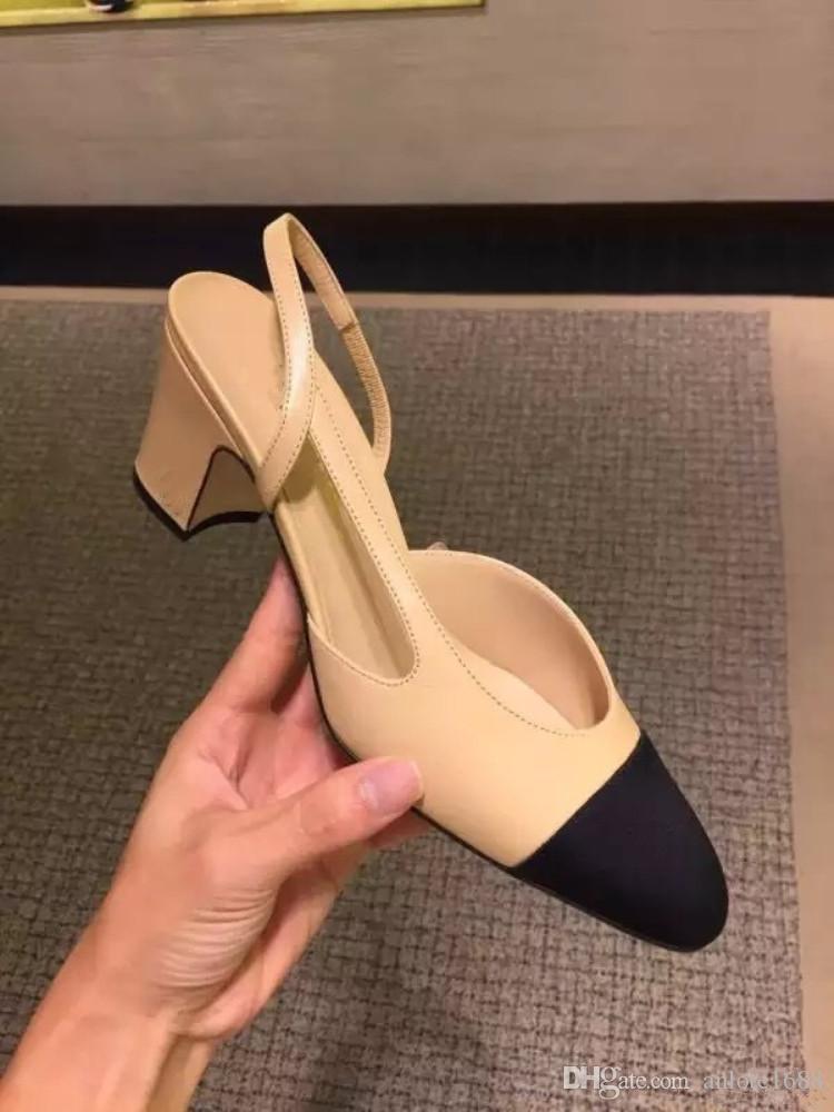 2019 Tasarımcı Dana Derisi Kadın Podyum Yavru Topuklar Slingbacks Pompaları Sandalet Katır Flats Bej Gri Elbise Tek A ...