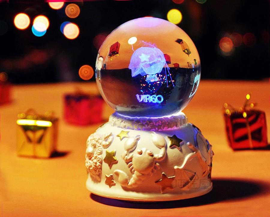 Crystal ball music box (9)