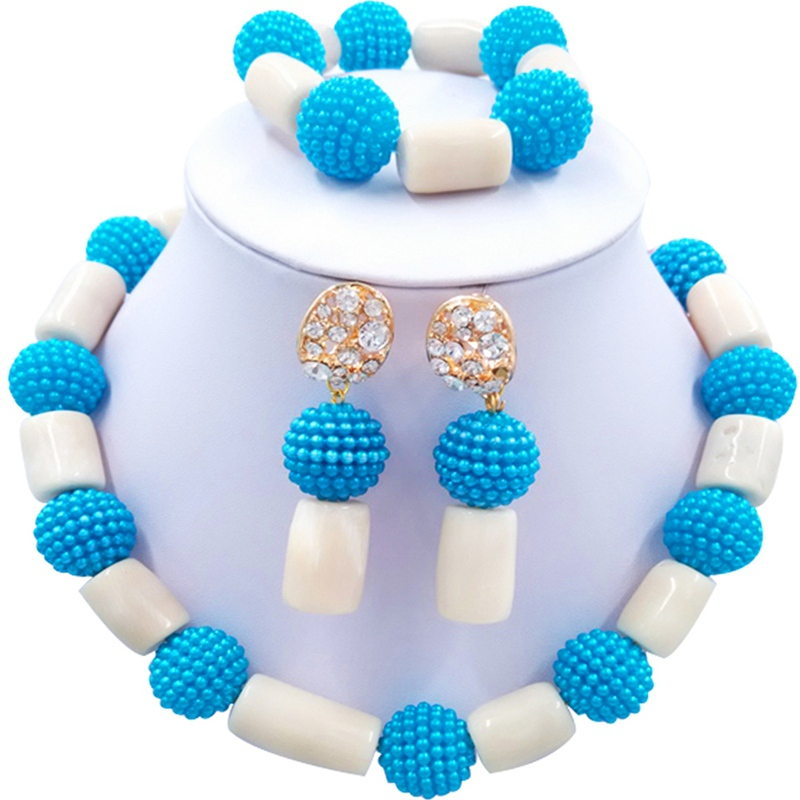 Jewelery Set White and Blue