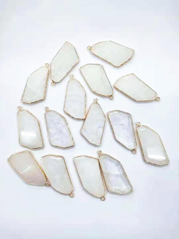 Wholesale Fashion Pendants Natural Gem Stone Natural Druzy Reiki Charms Pendants Opal Mixed Crystal Pendants Necklaces