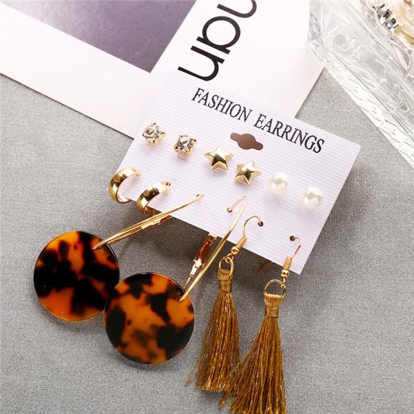 Mignon Bee petit zircon cubique or clous petites boucles d/'oreilles Animal jewely Party Cadeau