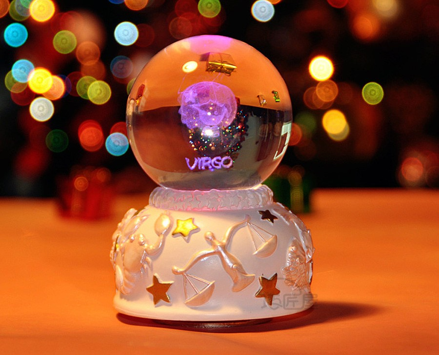 Crystal ball music box (5)