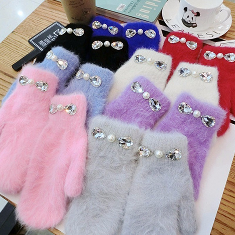 Fashion Pearl with Crystal Rabbit Fur Gloves