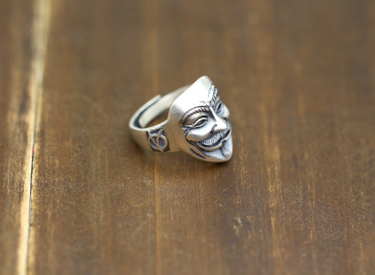S925 sterling silver men's open ring personality classic retro fashion series v word face revenge modeling send lover's gift