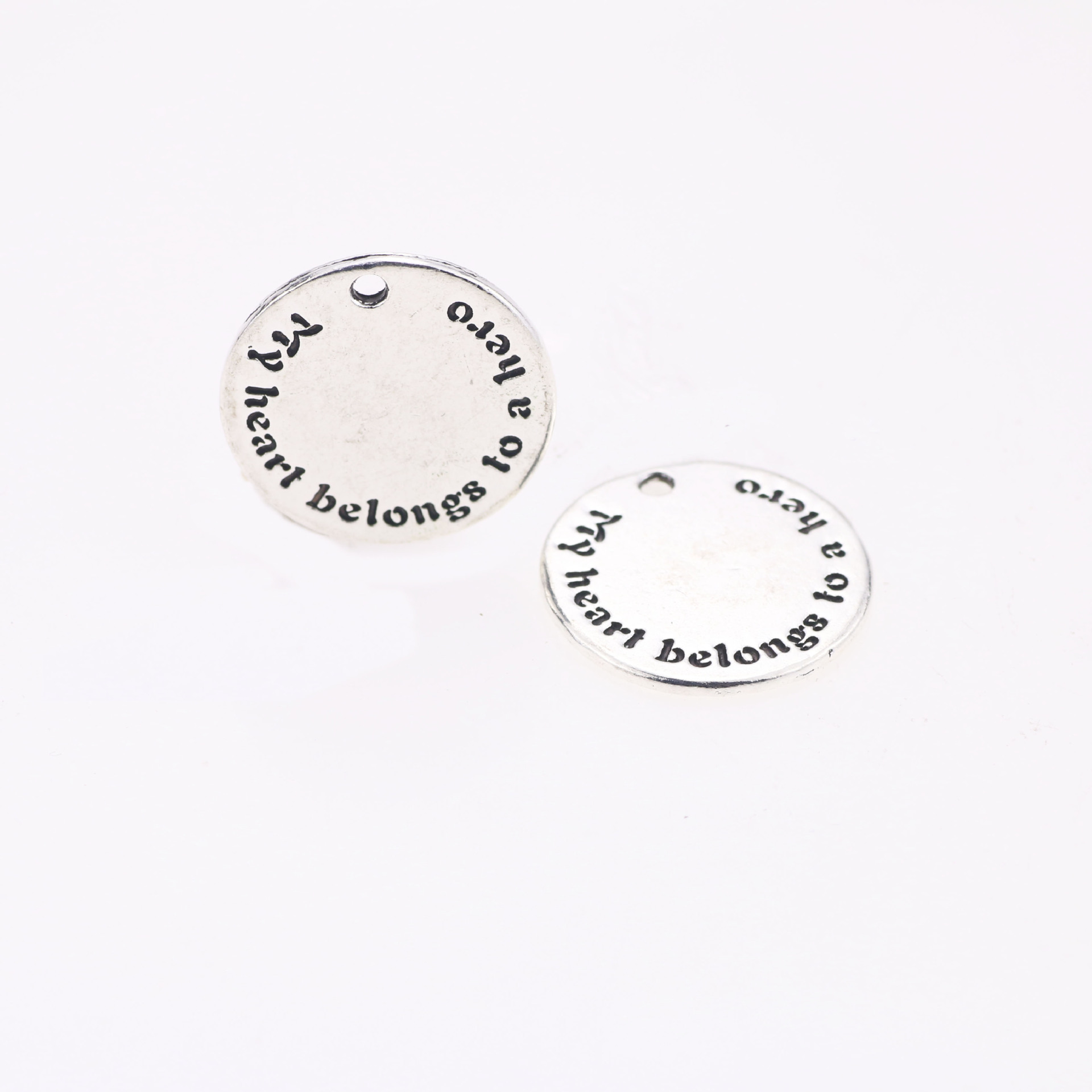 10PCs Silver Tone English Words Round Zinc Alloy Pendant Jewelry 23mm