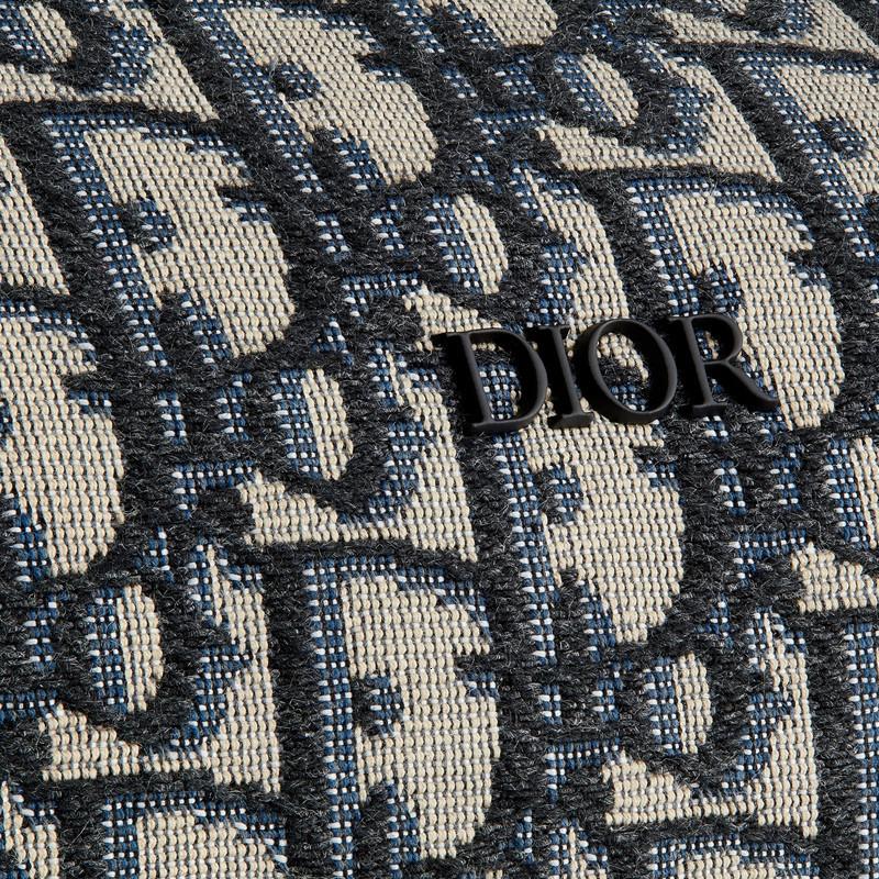 [Package tax]  /  19 spring and summer men's new  logo canvas cylinder bag shoulder bag 1ROPO061YKY_H26E