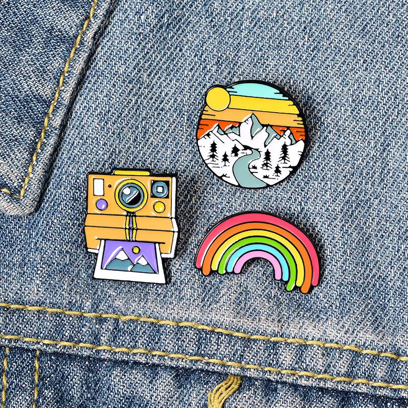 Rainbow Mountain Cute Small Funny Enamel Brooches Pins for Women Demin Shirt Decor Brooch Pin Metal Kawaii Badge Fashion Jewelry