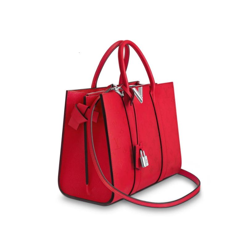 /  new Very Tote handbag ladies red shoulder bag M43542