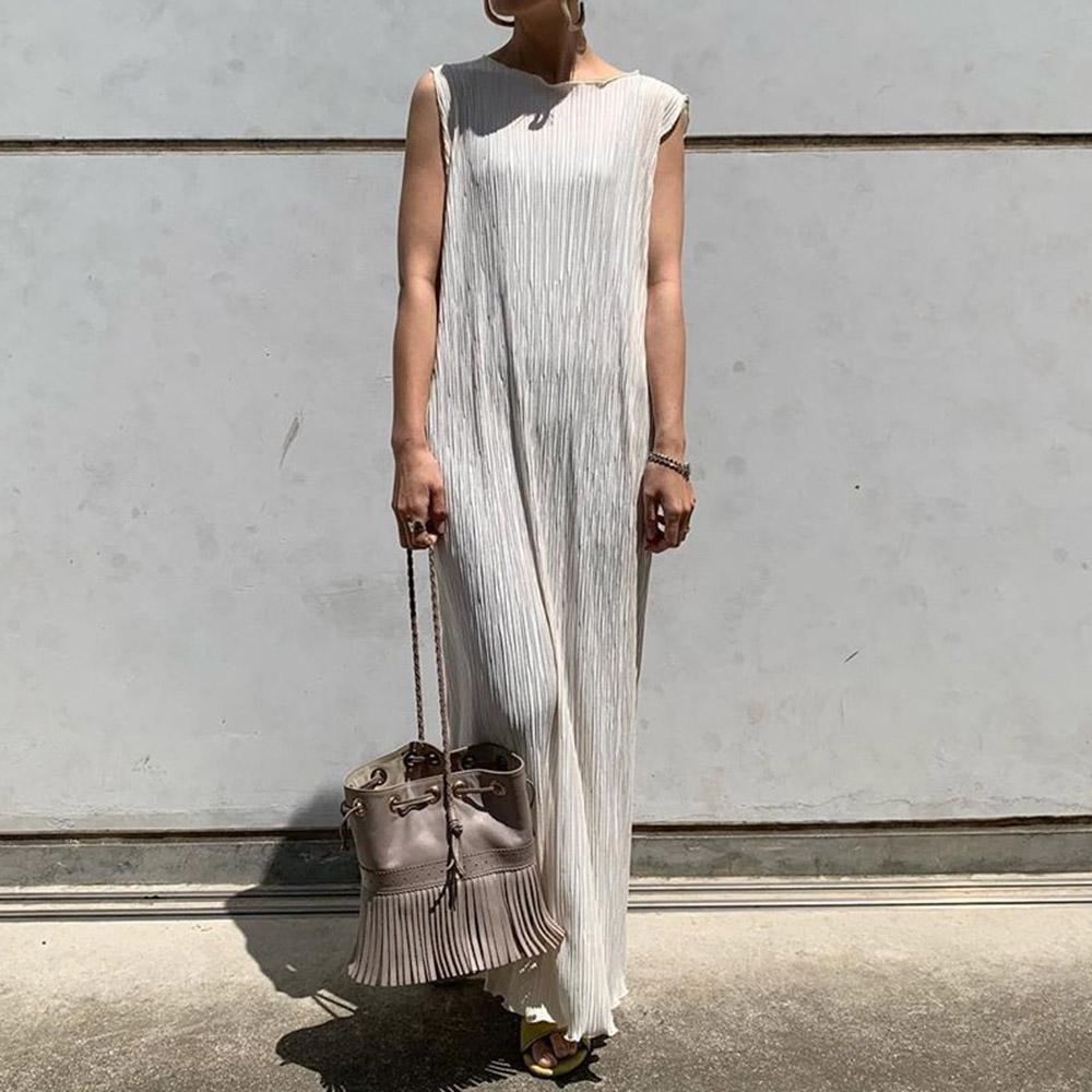 Art und Weise falten Frauen ärmellosen Kleid Sommer 18 koreanische  Art-Dame lang Maxi Kleider Robe Gerade Femme Vestidos Einfach Cut