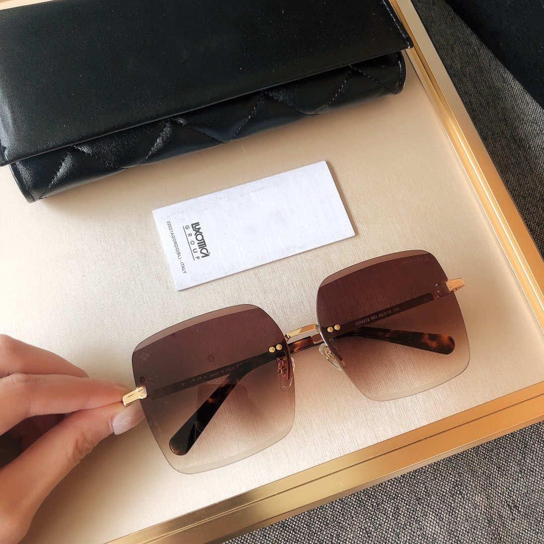 Luxury Sunglasses Women Designer Sunglasse Brand Square Sunglasses Summer Womens Goggle Glasses UV400 4212 3 Colors Optional Highly quality