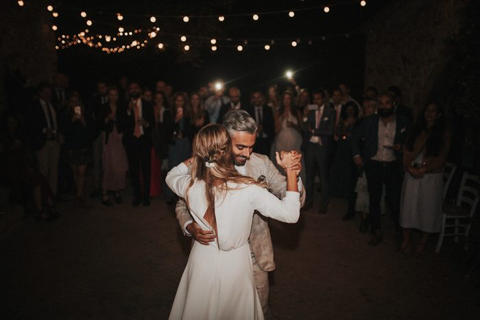 simply-beautiful-tuscan-wedding-at-the-lazy-olive-4-events-700x467