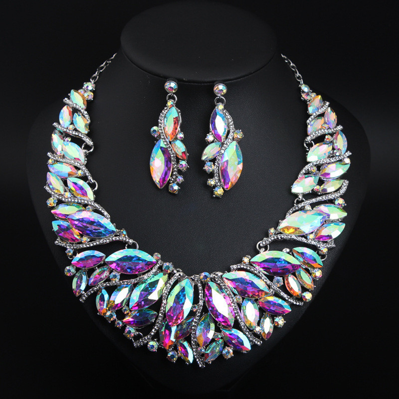 For women bridal jewelry
