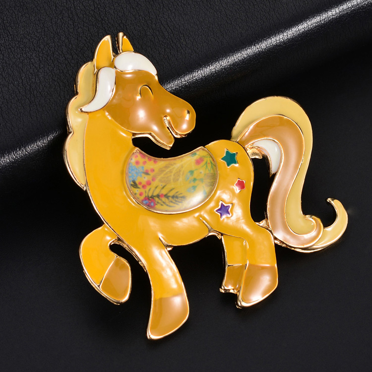 Cring Coco 2020 Jewelry Cute Horse Brooch Pins for Backpacks Women`s Men`s Enamel Animal Dresses Coat Pin Cartoon Bages Brooches