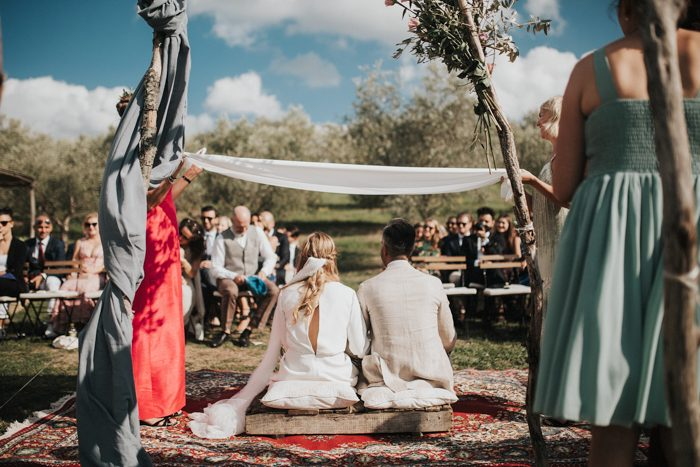 simply-beautiful-tuscan-wedding-at-the-lazy-olive-4-events-29-700x467