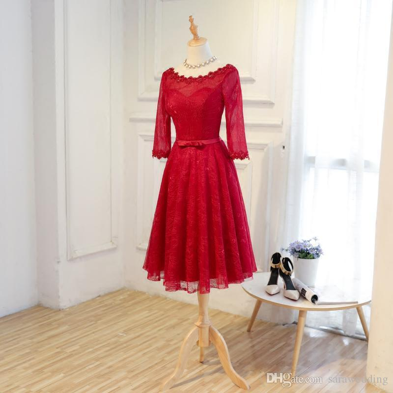 Burgundy Lace Cocktail Dress With Appliques Knee Length 2018 Elegant Party Dress Lace Up Bridesmaid Dress
