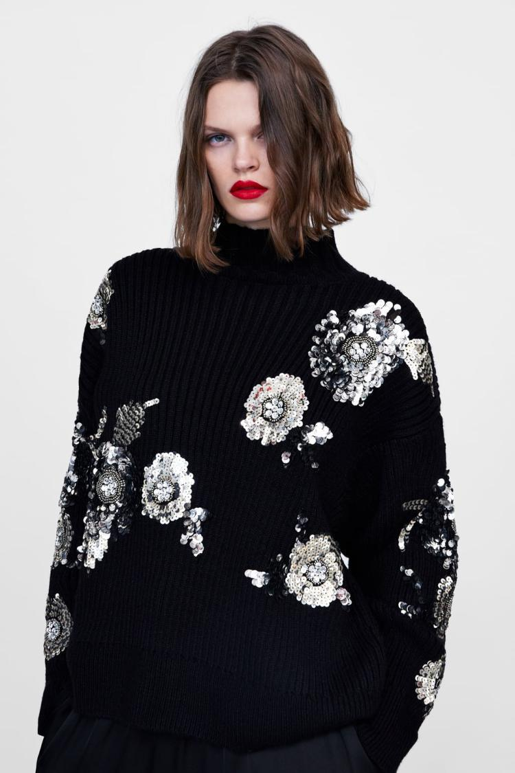 2020 new black sweater women INS sequins flower adornment sweater sequins loose half-turtleneck Heavy Industry Lazy Wind Jacket
