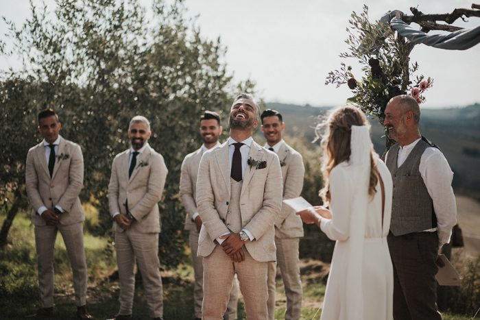 simply-beautiful-tuscan-wedding-at-the-lazy-olive-4-events-36-700x467