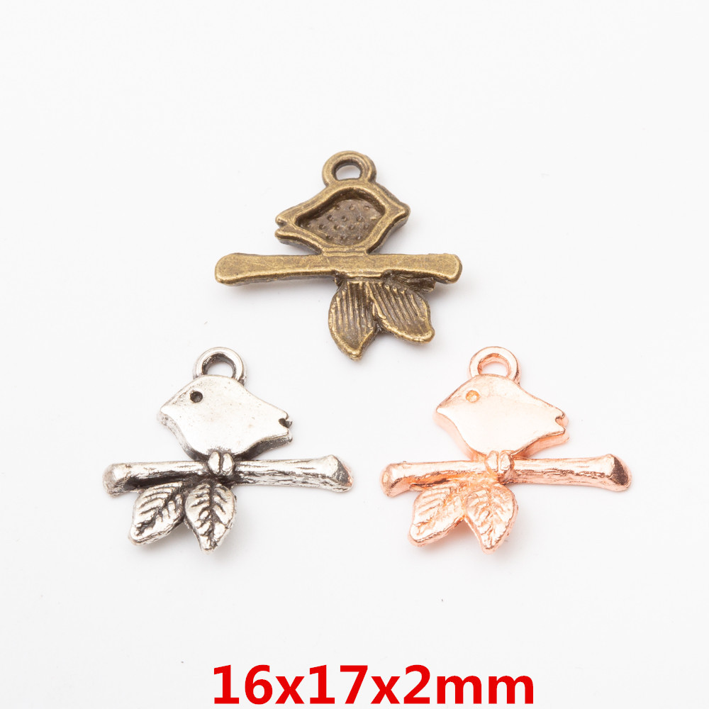 Lot 30pcs 3D Wolf head Antique Silver Charms Pendants For Jewelry Making 32*17mm