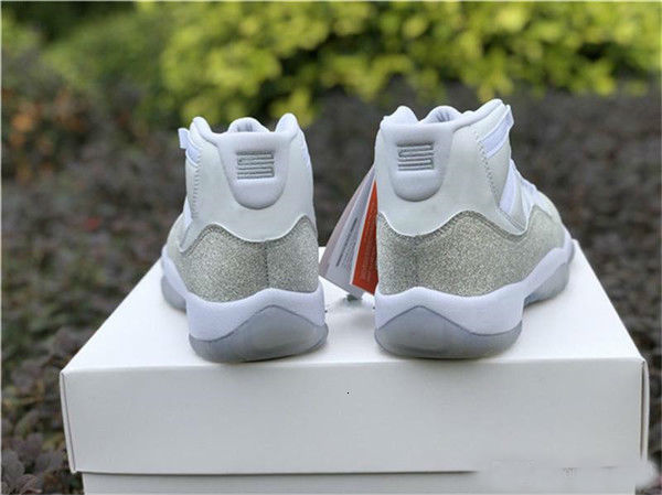 2019 New Release 11 Low WMNS Metallic Silver Designer Mens Basketball Shoes 11s Metallic Silver Sports Women Sneakers