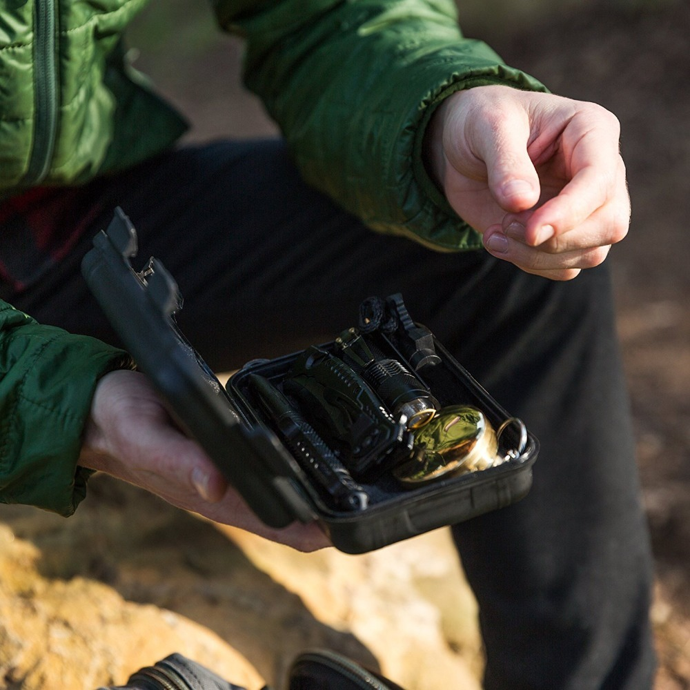 10 in 1 survival tools