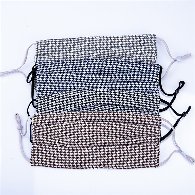 Fashion Designer Plaid Print Pattern Face Mask 4 Layer Washable Resuable Protective Cotton Face Mask Cloth Mouth Mask Factory Direct Price