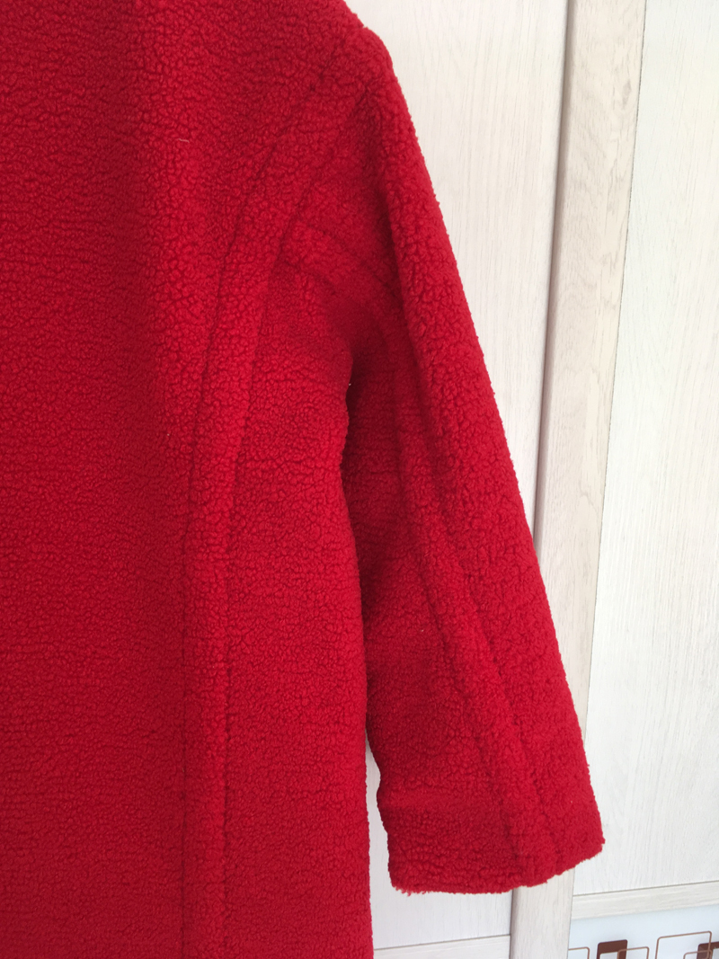 8225-red-2