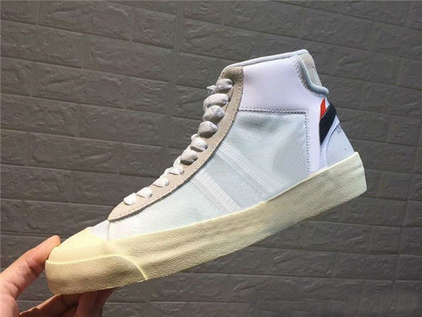 With Box Blazers Mid Mid All Hallows Eve Skateboarding Shoes ten Grim Reepers Mens Womens Athletic Sport Sneakers Outdoor Trainers