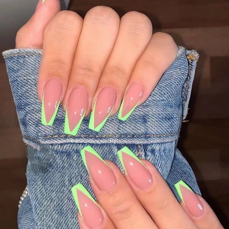 2020 New Neon Fake Nails French False Nails Easy Wear Press on Nail Extra Long Ballerina V Shape Nail Tips Manicure Wholesale