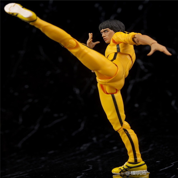 SHFiguarts King of Kung Fu Bruce Lee Variant With Nunchaku Action Figure Collectible Model Toy 15cm (12)