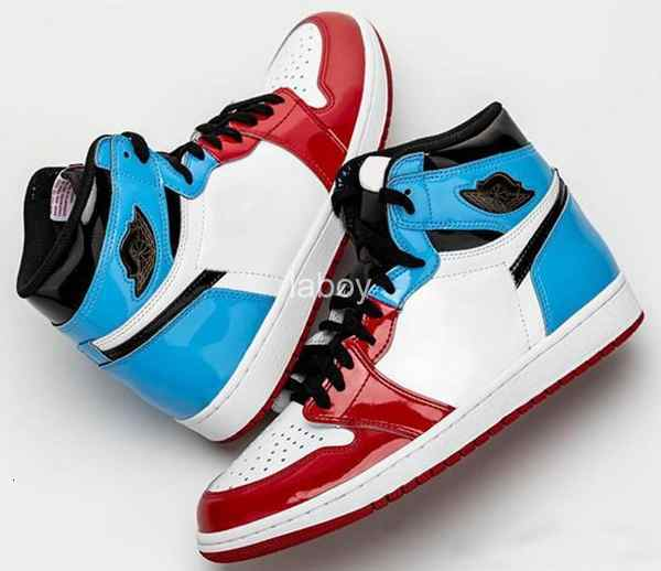 1 High OG Fearless Red Blue Black Classic Mens Basketball shoes 1s UNC Chicago Sports Sneakers Patent Leather Zapatos des chaussures