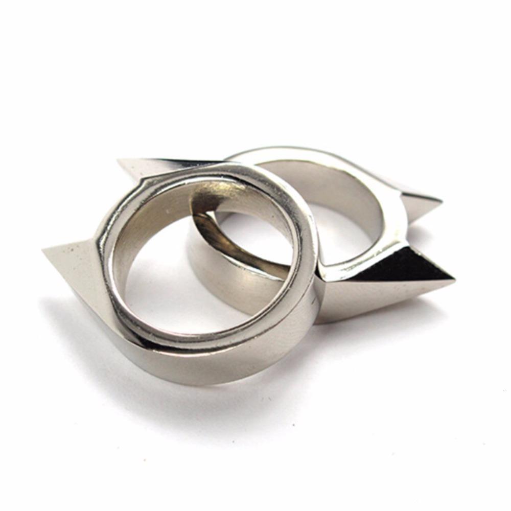 1Pcs-Women-Men-Safety-Survival-Ring-Tool-EDC-Self-Defence-Stainless-Steel-Ring-Finger-Defense-Ring (3)
