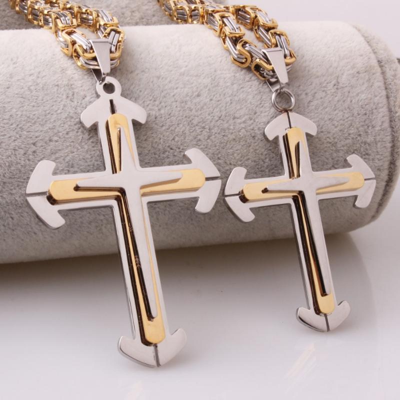 Pequeño cráneo Cruz Colgante Collar de cordón negro en un Jesús Religioso Regalo Envuelto