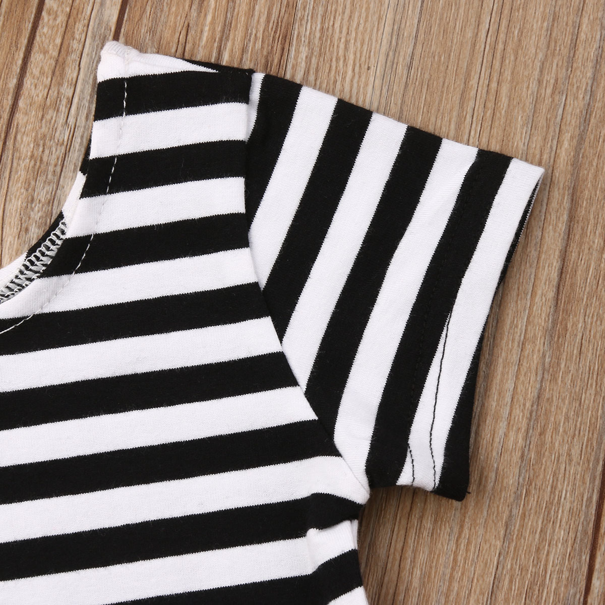 2019 Fashionable Toddler Kids Baby Girls Clothes Set Summer Kid Outfit Striped T-shirt Wide Leg Pants Children Clothing Set